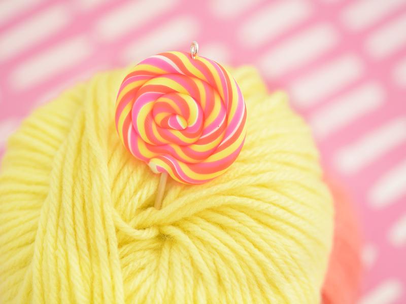 bijou fimo : La sucette colorée