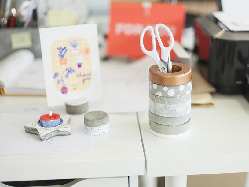 Les accessoires de bureau en béton