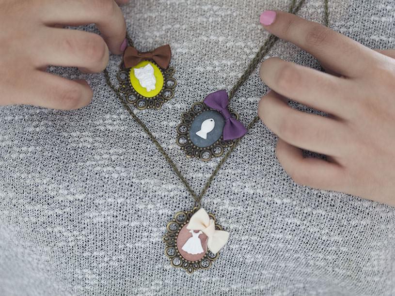 Le collier pendentif camée