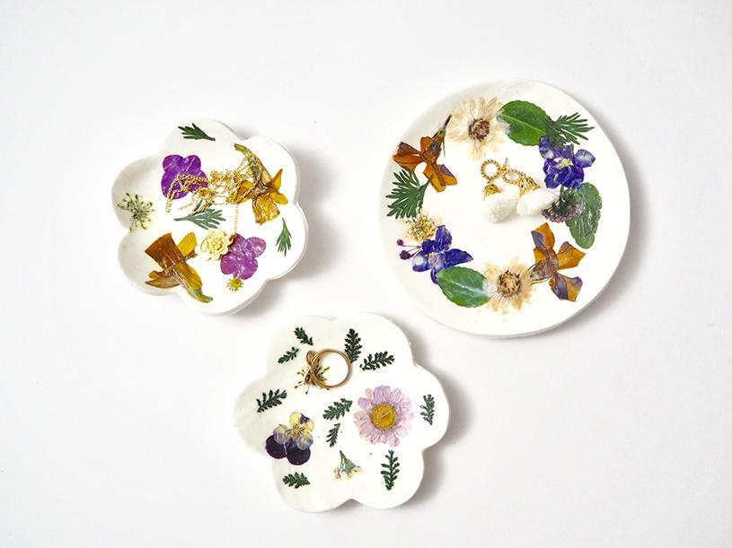 Les vide-poches fleuris