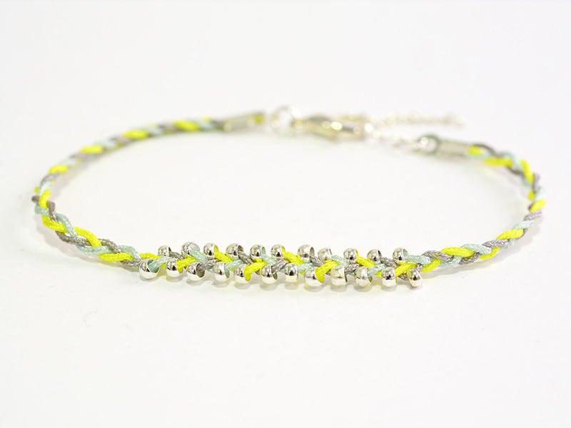 Le bracelet estival de Laura
