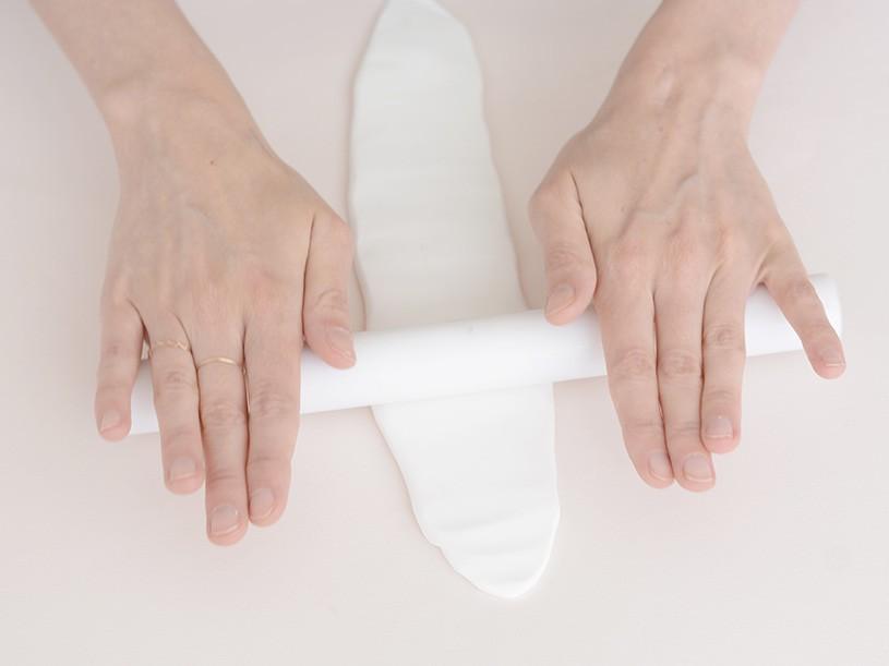 Après avoir malaxer la pâte, étalez chaque bloc avec le rouleau