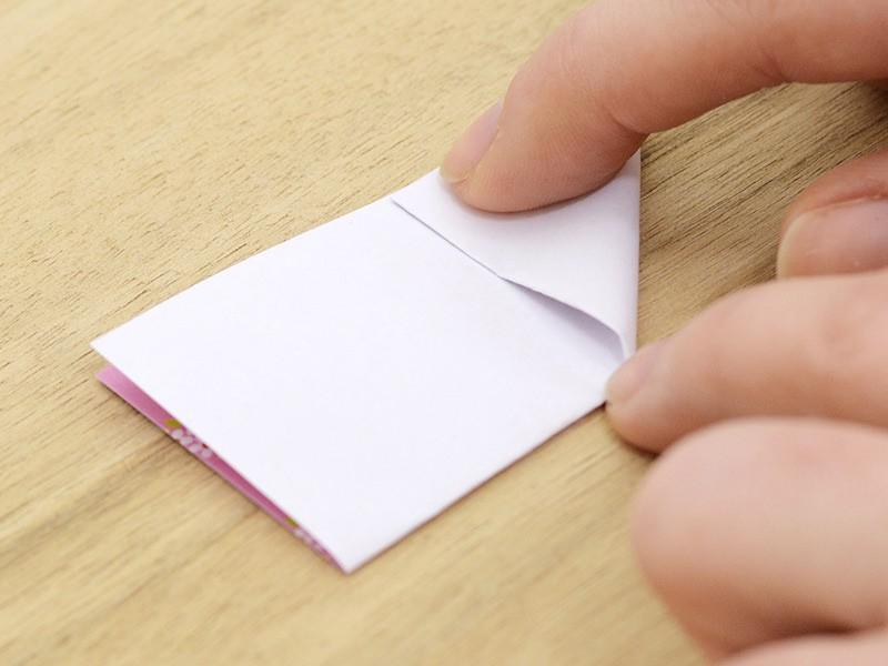 Marquez le pli diagonale de la moitié droite du rectangle.
