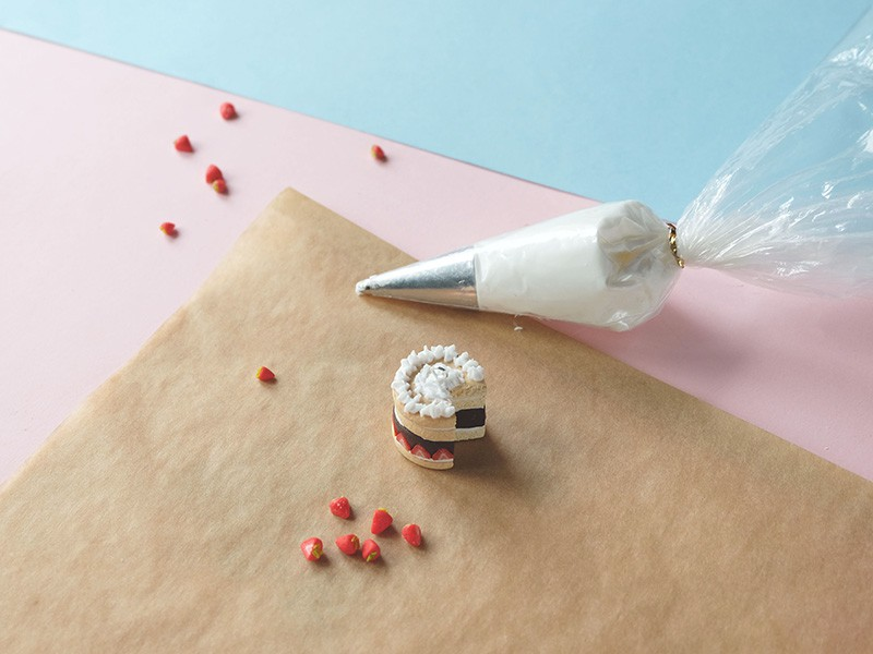 Ornez le dessus de votre gâteau avec la chantilly
