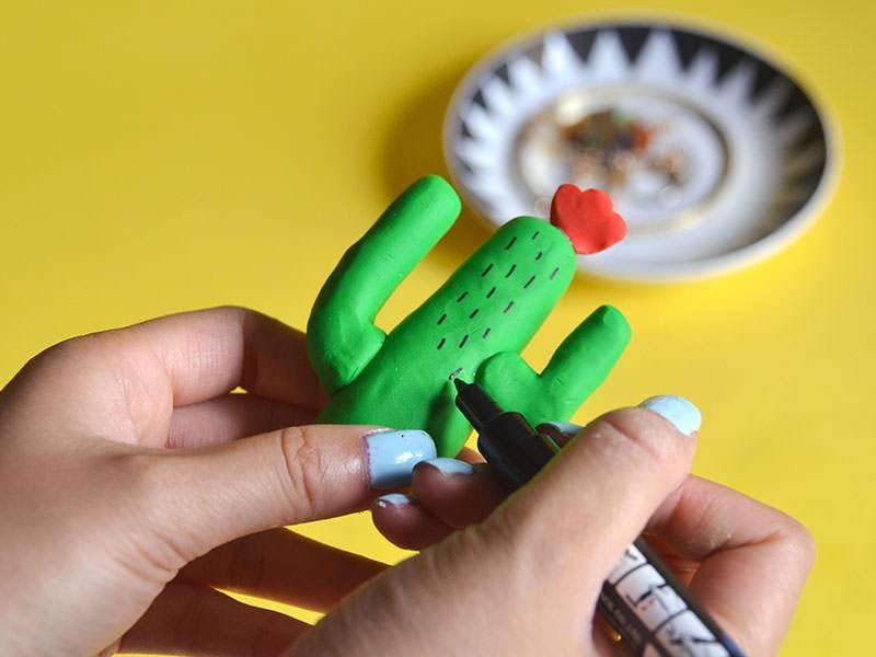 Le cactus porte-bijoux