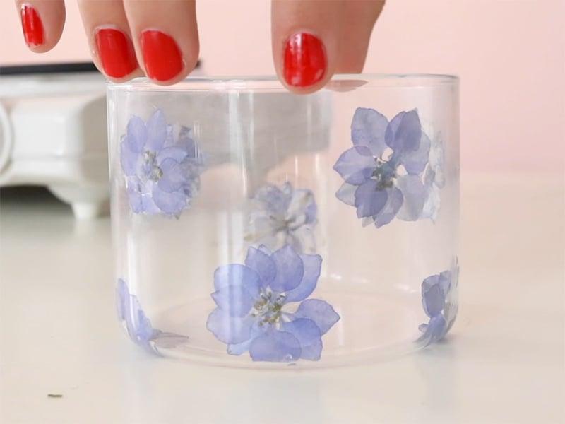 Laissez sécher quelques minutes vos fleurs.