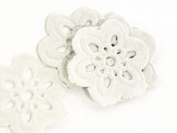 Acheter 20 petits napperons FLEUR 2,7 cm - 4,90€ en ligne sur La Petite Epicerie - 100% Loisirs créatifs