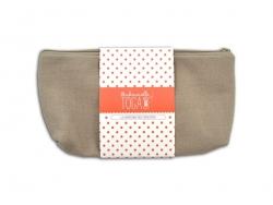 Flat beige zipped pouche- Size M