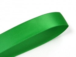 1 m of satin ribbon (6 mm) - fir green
