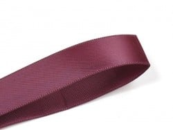 1 m of satin ribbon (6 mm) - claret