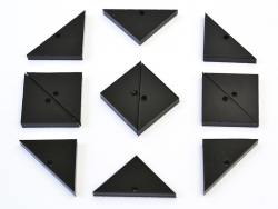Breloque plexiglas - triangle 28 x 14 mm