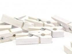 50 kleine Holzwäscheklammern - weiß