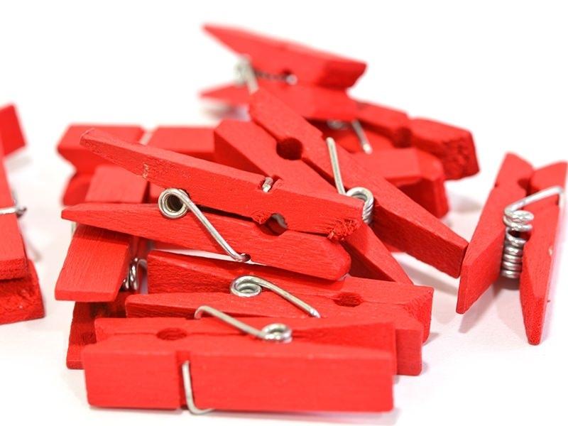 50 mini pinces en bois - rouge