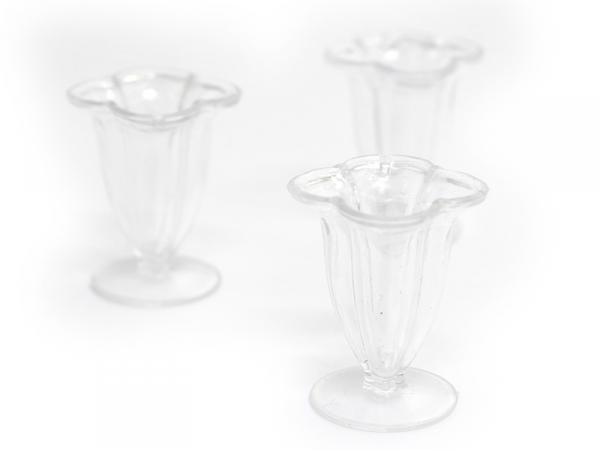 Acheter Pendentif coupe glacée - trèfle - 1,89€ en ligne sur La Petite Epicerie - Loisirs créatifs