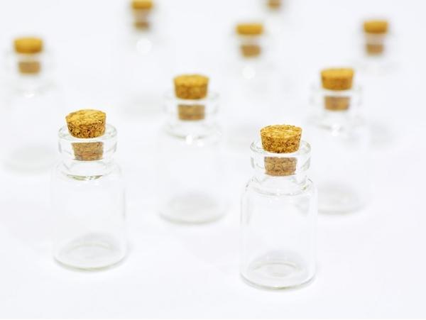 10 glass bottles - 2.6 cm