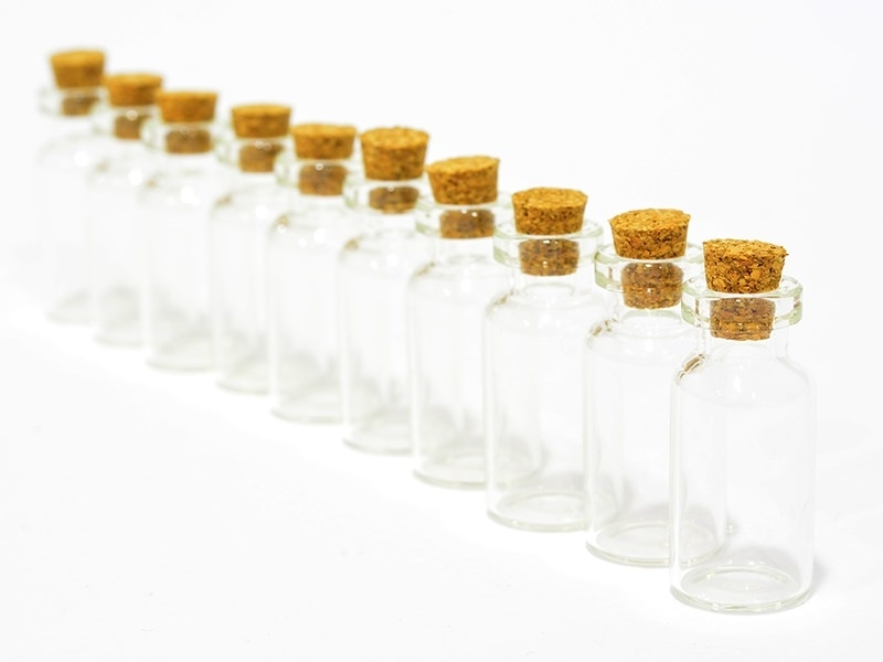 10 glass bottles - 4 cm