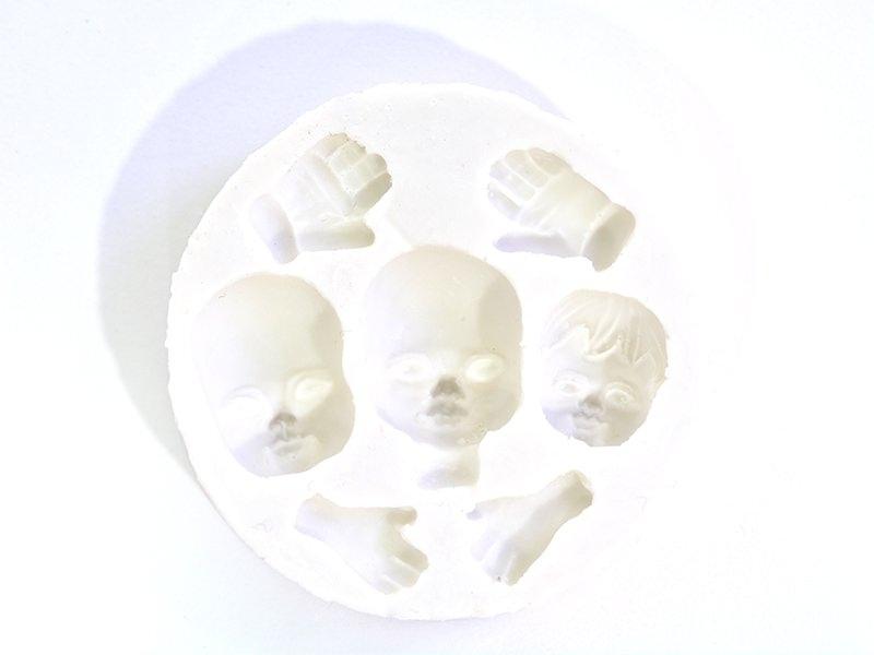 Acheter Moule 3 visages et mains en silicone WePAM - 8,30€ en ligne sur La Petite Epicerie - Loisirs créatifs