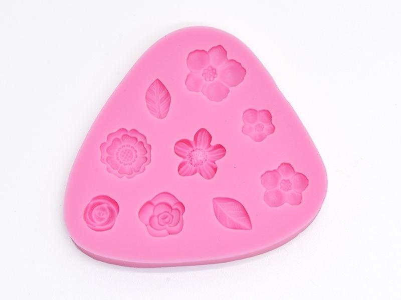 Acheter Moule en silicone - Fleurs - 11,90€ en ligne sur La Petite Epicerie - Loisirs créatifs