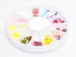 lot de 24 sucreries miniatures dans leur boîte.