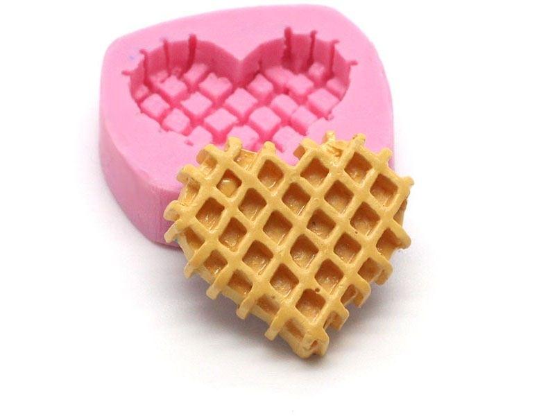 Acheter Moule gaufre coeur en silicone - 5,85€ en ligne sur La Petite Epicerie - 100% Loisirs créatifs