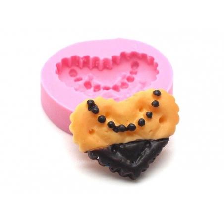 Acheter Moule petit beurre coeur en silicone  - 4,65€ en ligne sur La Petite Epicerie - Loisirs créatifs