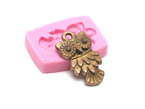 Owl silicone mould for the creation of pendants
