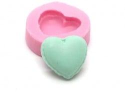 Mini moule demi macaron coeur en silicone