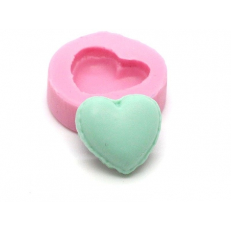 Acheter Mini moule demi macaron coeur en silicone - 5,15€ en ligne sur La Petite Epicerie - Loisirs créatifs