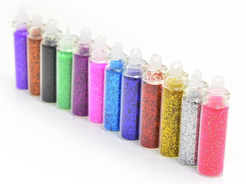 Set of 12 bottles with glitter powder