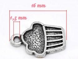 1 Breloque cupcake, argentée