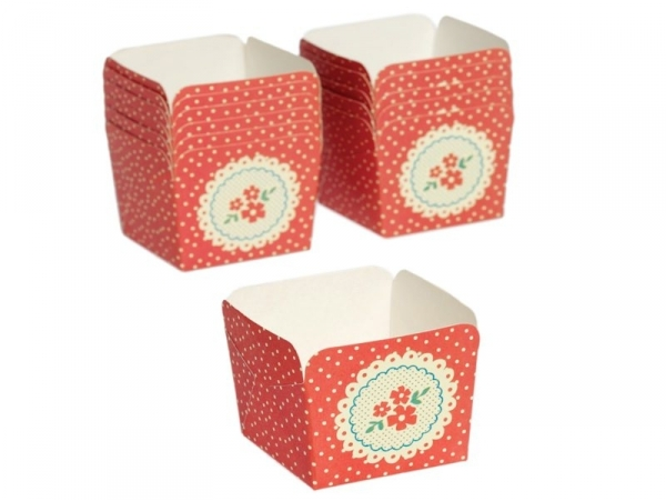 12 paper cake cases - red flowers
