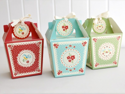 3 vintage gift boxes + tags