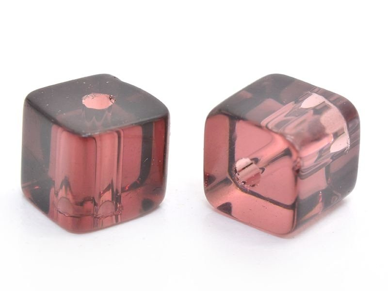 20 perles cubes en plastique 4 mm- lie de vin