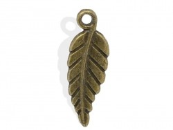 1 bronze-coloured leaf charm