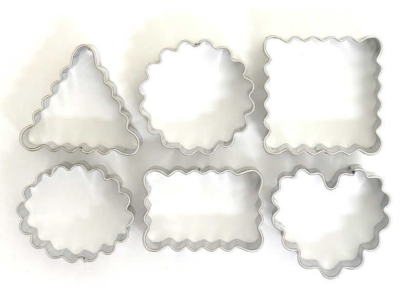 6 biscuit cutters - Geometric Forms with Rippled Edges