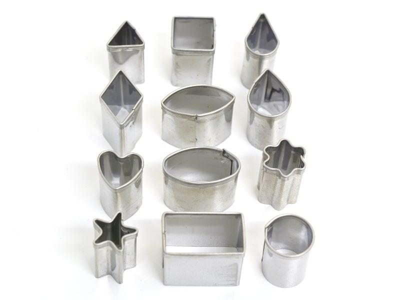 Acheter 12 mini emporte-pièces - géométriques - 6,95€ en ligne sur La Petite Epicerie - 100% Loisirs créatifs