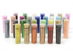 Set consisting of 30 tubes with glitter