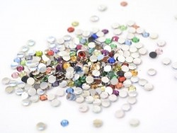 100 Multicoloured diamond rhinestones