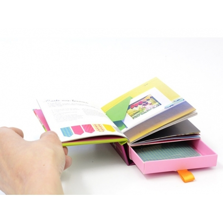"French book ""Coffret -tiroir - Masking stickers"""