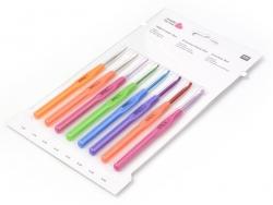 Acheter 8 Crochets 1.50 à 4.50mm - Métal manche plastique - 15,90€ en ligne sur La Petite Epicerie - Loisirs créatifs