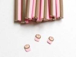 Acheter Cane cupcake cappucino en pâte fimo  - 0,99€ en ligne sur La Petite Epicerie - 100% Loisirs créatifs