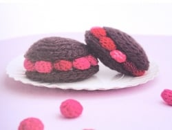 "French book "" Gourmandises au tricot et au crochet"""