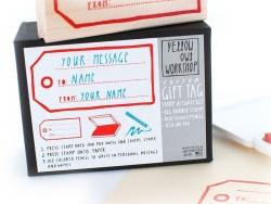 Geschenkanhängerstempel + rotes Stempelkissen + blauer Buntstift
