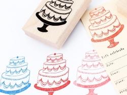 Tampon gâteau à étages