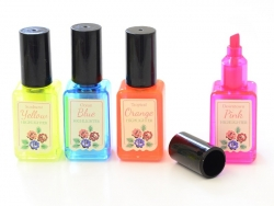 4 beautiful highlighters in the shape of nail polish bottles