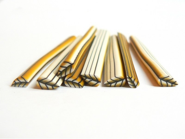 Acheter Cane feuille or en pâte polymère - 0,99€ en ligne sur La Petite Epicerie - 100% Loisirs créatifs