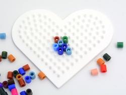 Plaque support pour perles HAMA MIDI classiques - petit coeur