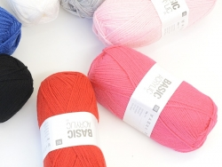"Laine à tricoter ""Basic Acrylic"" - fuchsia"