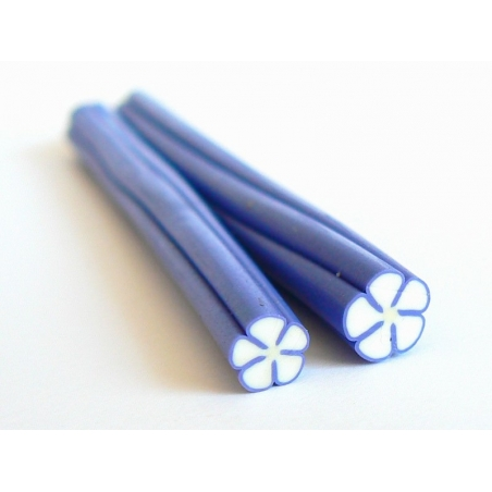Flower cane - white with blue contours
