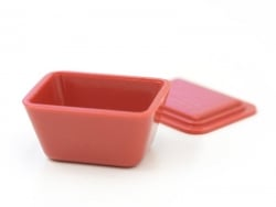 1 miniature plastic lunch box / airtight box in red